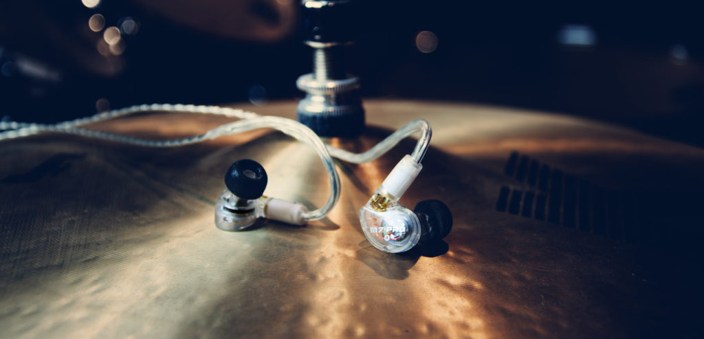 in ear mee audio M7 pro con comply